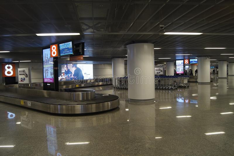 Luchthaven, bagage wachtend gebied stock fotografie