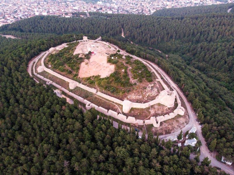 Luchthommelmening van Aydos-Kasteel in Sultanbeyli/Istanboel royalty-vrije stock foto