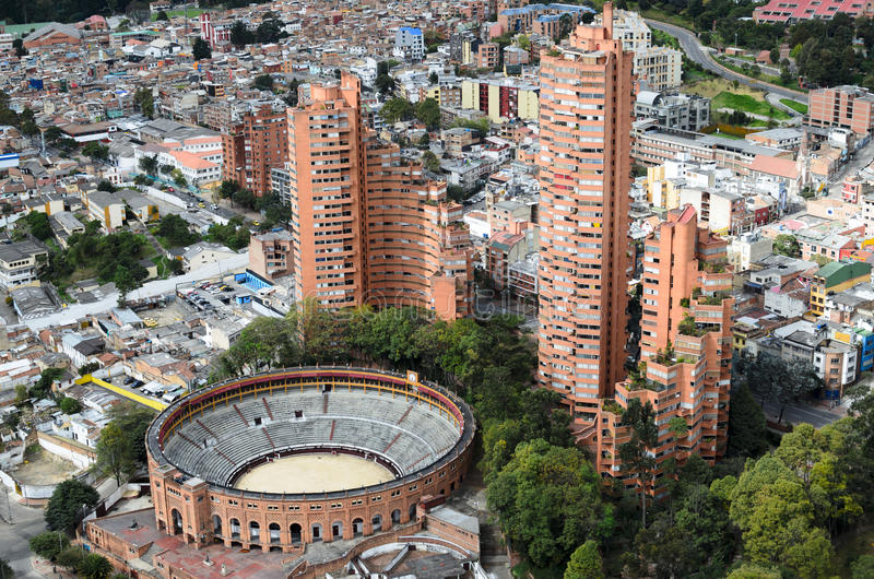 Luchtmening aan de stad van Bogota royalty-vrije stock fotografie