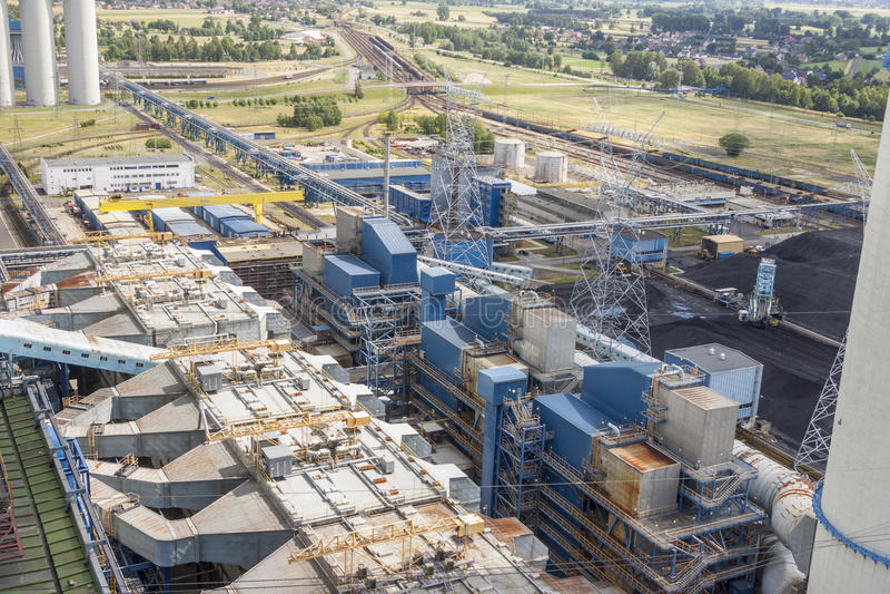 Luchtmening - elektrische centrale, Polen, Europa stock fotografie