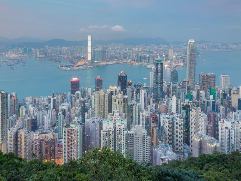 Luchtmening, Hong Kong-de bureaubouw over Victoria Bay stock afbeelding