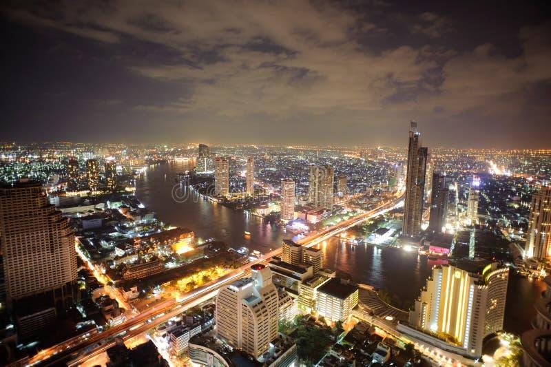 Luchtmening over Bangkok stock foto's
