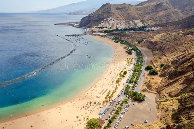 Luchtmening over beroemd strand van het strand van lasteresitas, Tenerife, Canarische Eilanden, Spanje stock fotografie