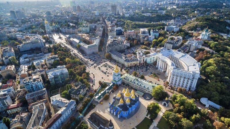 Luchtmening over centrum van Kyiv royalty-vrije stock foto