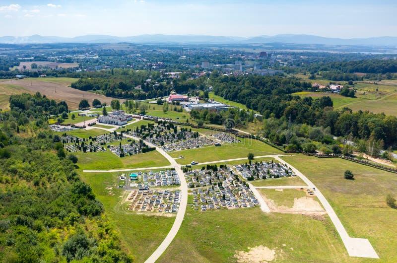 Luchtmening over de begraafplaats royalty-vrije stock afbeelding