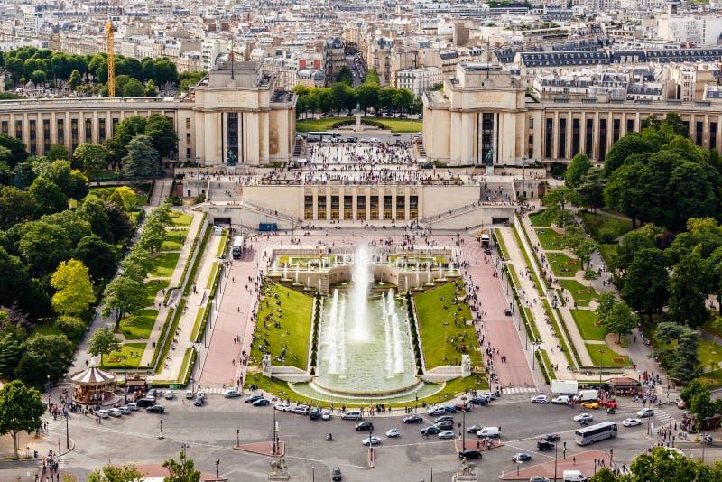 Luchtmening over Trocadero-Fonteinen van de Toren van Eiffel stock afbeeldingen