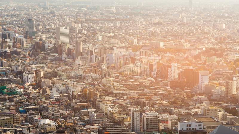Luchtmening overvol de woonplaatsgebied van Tokyo royalty-vrije stock afbeelding