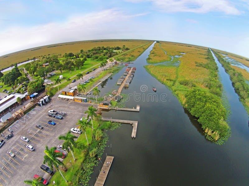 Luchtmening van airbotpark in Florida Everglades stock afbeeldingen
