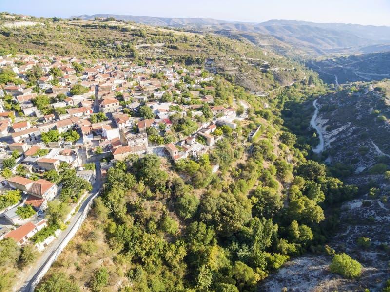 Luchtmening van Arsos-dorp, Limassol, Cyprus royalty-vrije stock fotografie