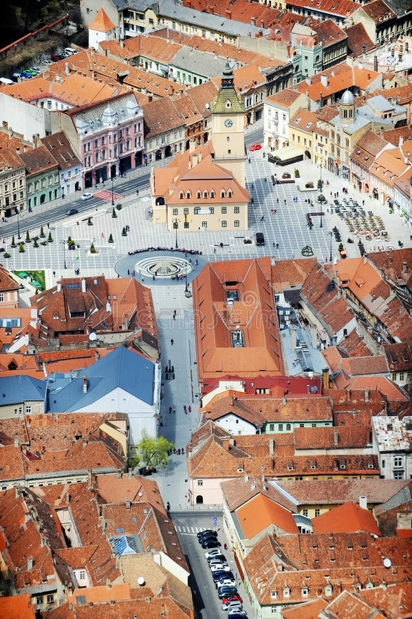 Luchtmening van Brasov-stad stock afbeelding