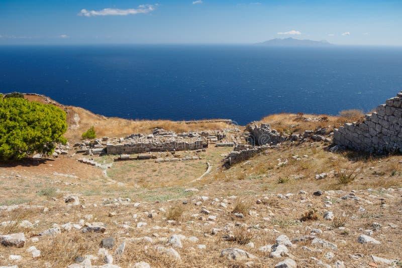 Luchtmening van de archeologische vondst van het Griekse amfitheater stock fotografie