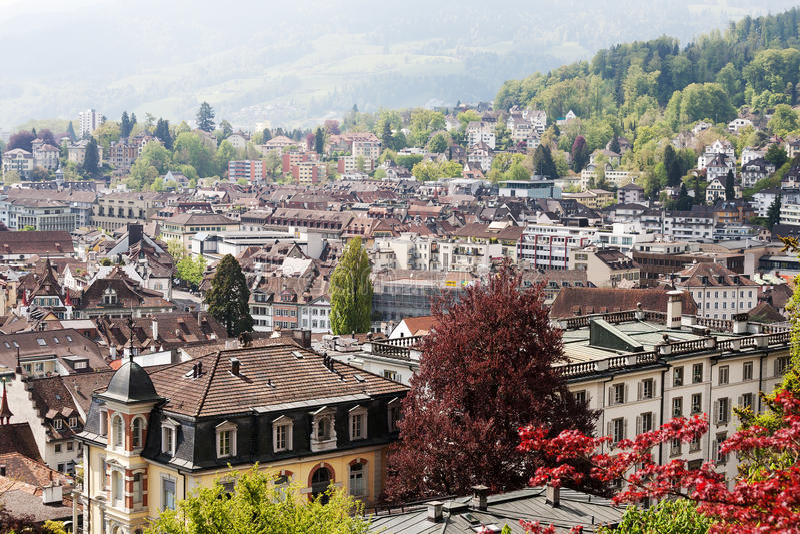 Luchtmening van de diverse gebouwen in Luzerne stock foto