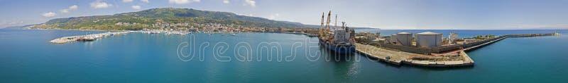 Luchtmening van de haven van Vibo-Jachthaven, Calabrië, Italië royalty-vrije stock foto's
