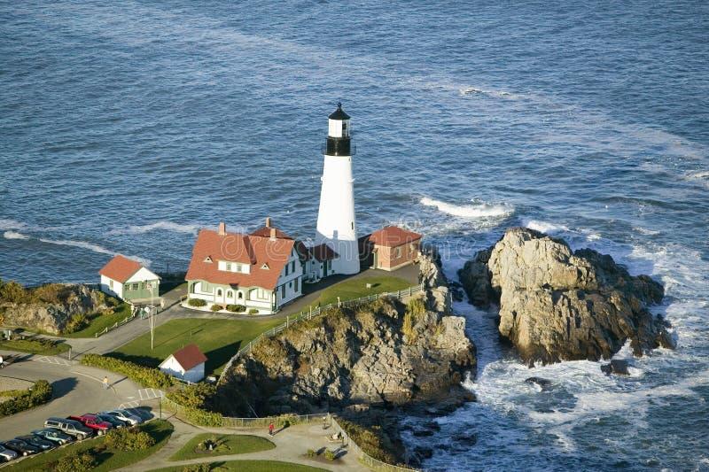 Luchtmening van de Hoofdvuurtoren van Portland, Kaap Elizabeth, Maine stock fotografie