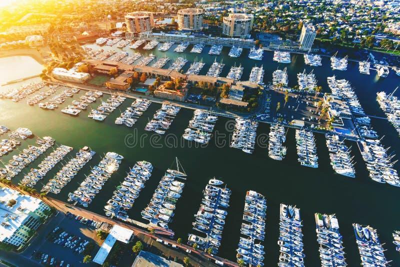 Luchtmening van de Marina del Rey-kustgemeenschap in La royalty-vrije stock fotografie