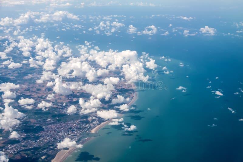 Luchtmening van de oostkust van Cornwall stock foto