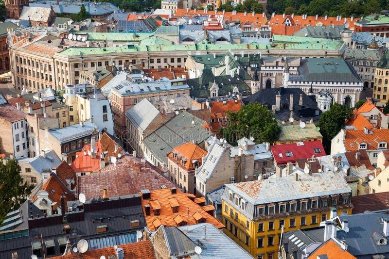 Luchtmening van de oude stad van Riga royalty-vrije stock foto