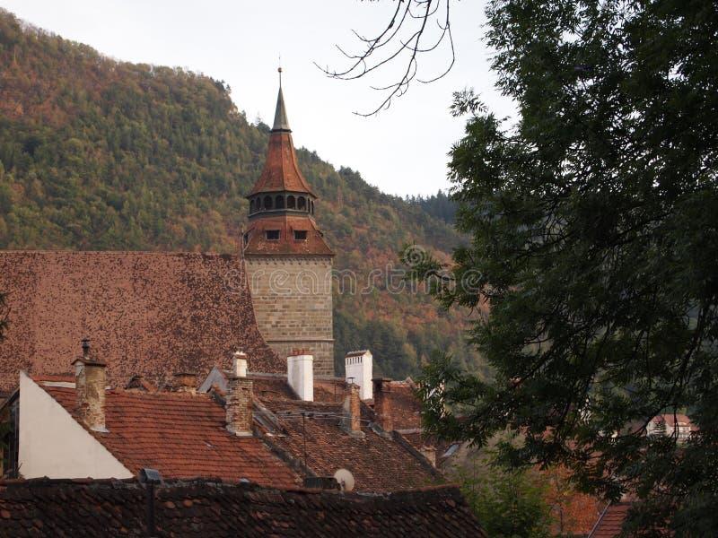 Luchtmening van de oude stad van Roemeense stad brasov stock afbeelding