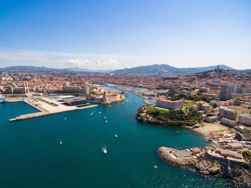 Luchtmening van de pijler van Marseille - Vieux-Haven, het kasteel van Heilige Jean, a stock foto's