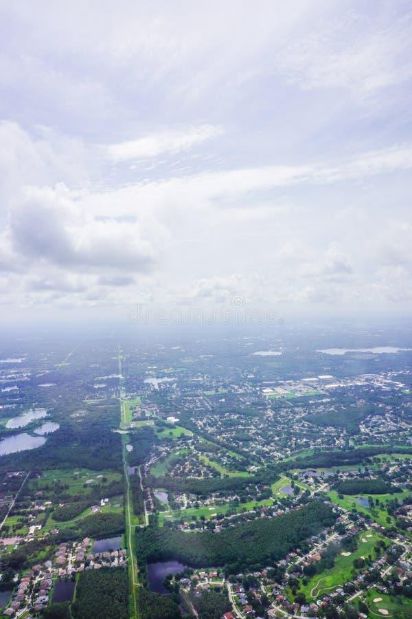 Luchtmening van de weg en het huis van Florida royalty-vrije stock fotografie