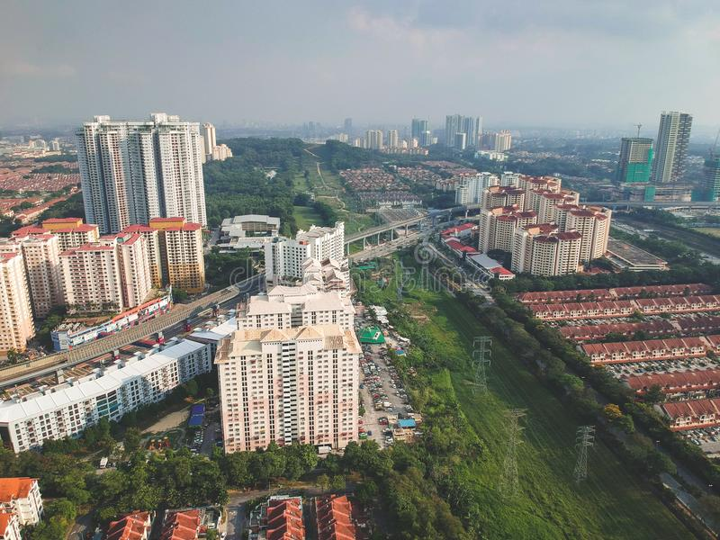 Luchtmening van de woondiegemeente van Bandar Utama binnen Damansara-subdivisi wordt gevestigd royalty-vrije stock fotografie