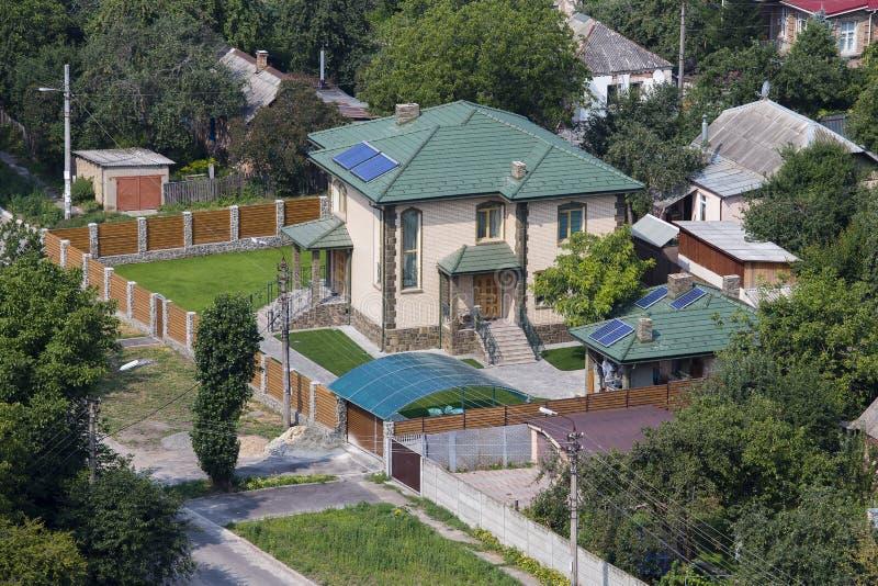 Luchtmening van een huis met dak, de Oekraïne stock foto's