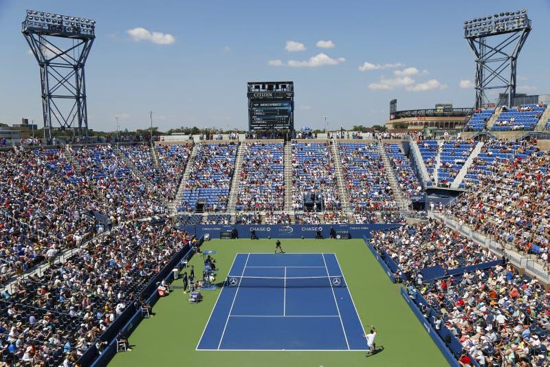Luchtmening van het Armstrong-Stadion tijdens US Open 2014 eerste ronde gelijke tussen Andy Murray en Robin Haase royalty-vrije stock foto's