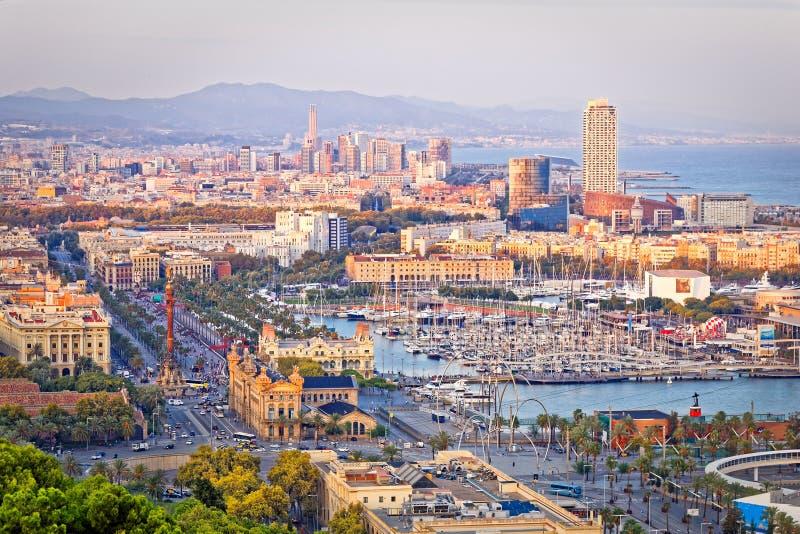 Luchtmening van het havengebied van Barcelona stock afbeelding