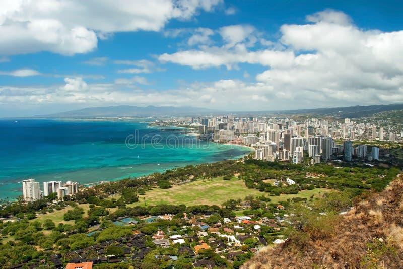 Luchtmening van het strand van Honolulu en Waikiki-van Diamond Heat stock foto's