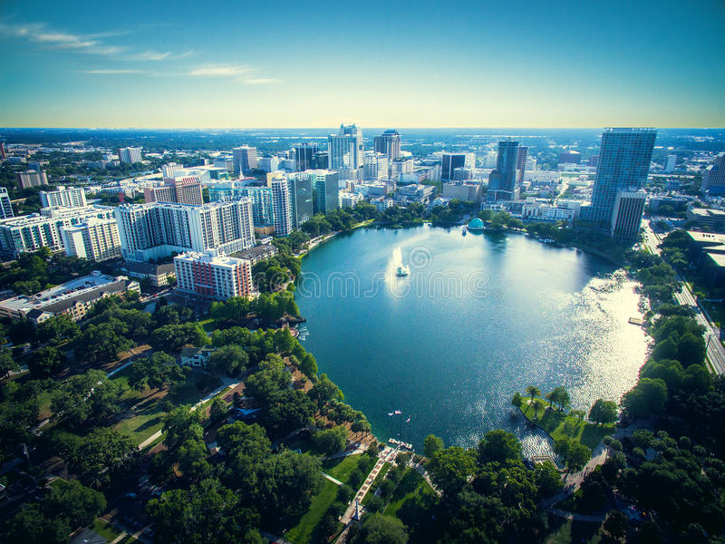 Luchtmening van Meer Eola in Orlando stock afbeelding