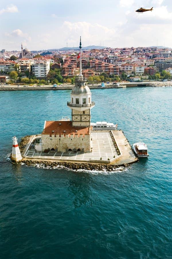 Luchtmening van Meisje` s Toren in Istanboel op Bosphorus royalty-vrije stock afbeelding