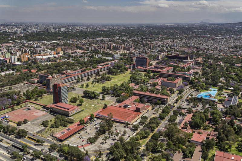 Luchtmening van Mexico-City universitaire UNAM stock afbeeldingen