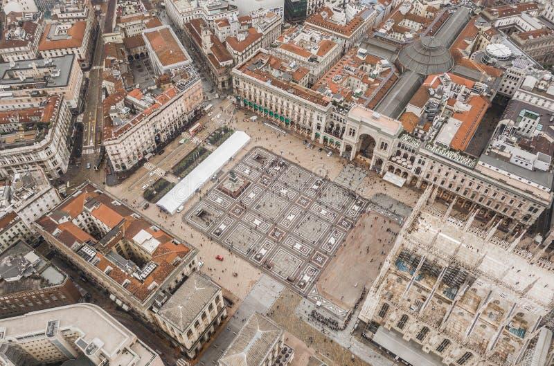 Luchtmening van Piazza del Duomo stock afbeeldingen