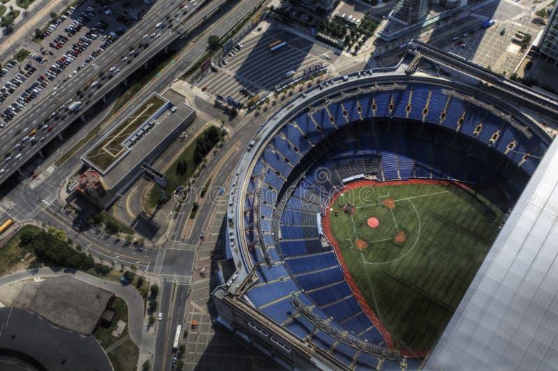 Luchtmening van Rogers Center in Toronto, Canada stock foto