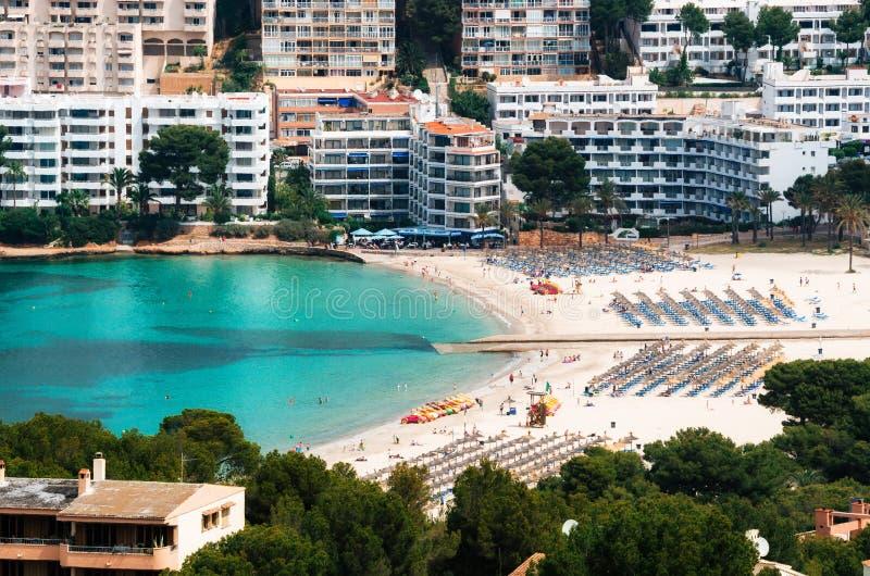 Luchtmening van Santa Ponsa-strand en hotels, Mallorca royalty-vrije stock foto