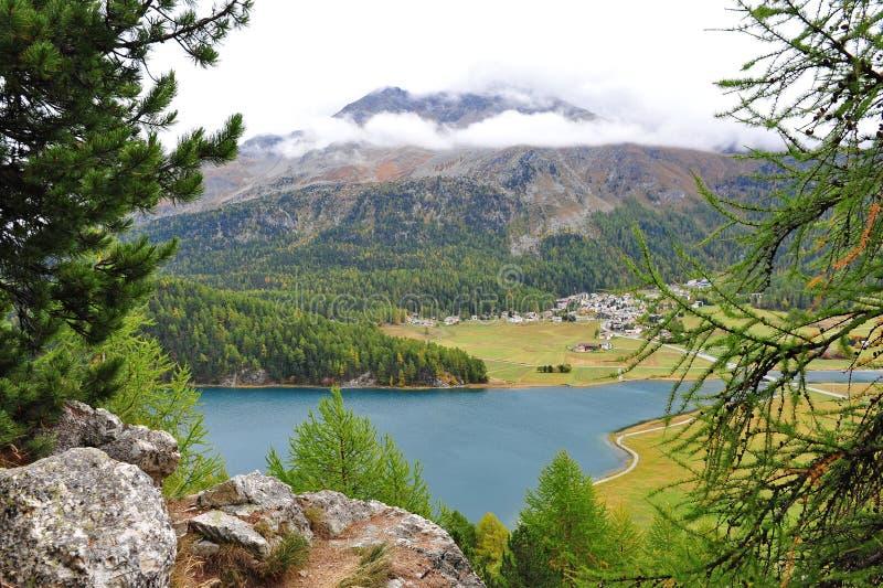 Luchtmening van St Moritz vallei stock afbeelding