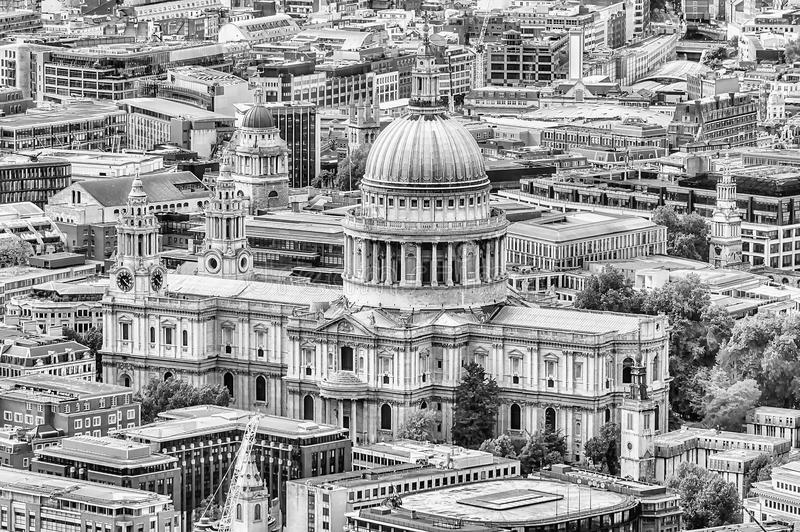 Luchtmening van St Paul Cathedral, Londen stock foto's