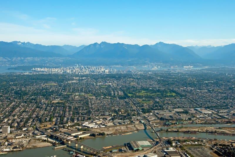 Luchtmening van stad de van de binnenstad van Vancouver in Brits Colombia met royalty-vrije stock foto's