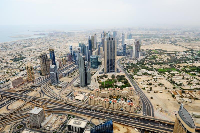 Luchtmening van Wereldhandelscentrum in Doubai stock foto's