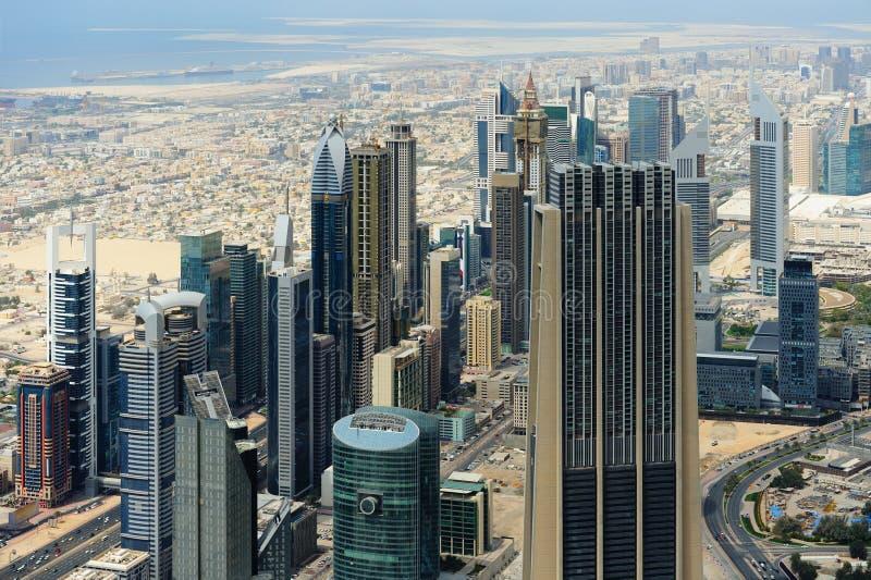 Luchtmening van Wereldhandelscentrum in Doubai royalty-vrije stock foto