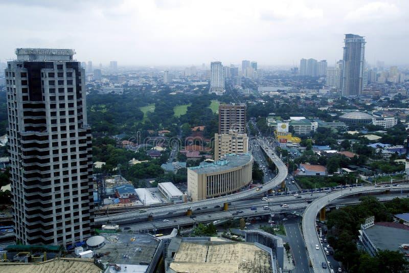 Luchtmening van woon en commerciële gebieden en ondernemingen in Metro Manilla royalty-vrije stock fotografie