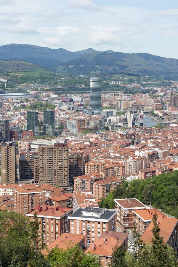 Luchtmeningen van stadscentrum Bilbao, Bizkaia, Baskisch land, Kuuroord stock afbeeldingen