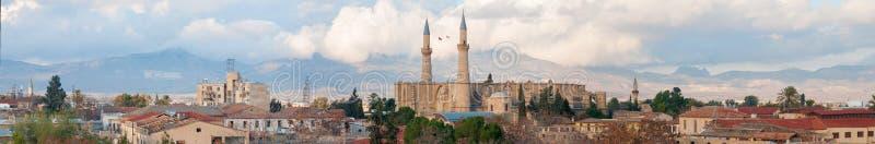Luchtpanorama van noordelijk deel van Nicosia. Cyprus stock illustratie