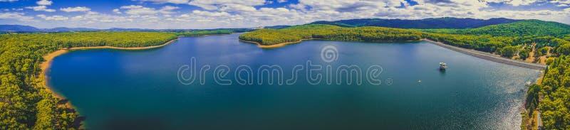 Luchtpanorama van Sylvan Reservoir royalty-vrije stock afbeelding