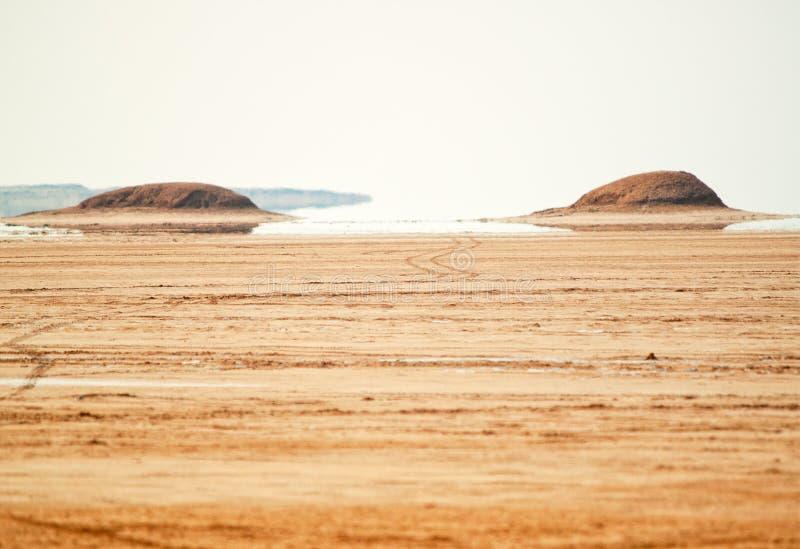 Luchtspiegeling in Sahara Desert, Tunesië stock foto's
