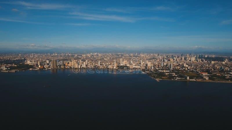 Luchtstad met wolkenkrabbers en gebouwen Filippijnen, Manilla, Makati royalty-vrije stock fotografie