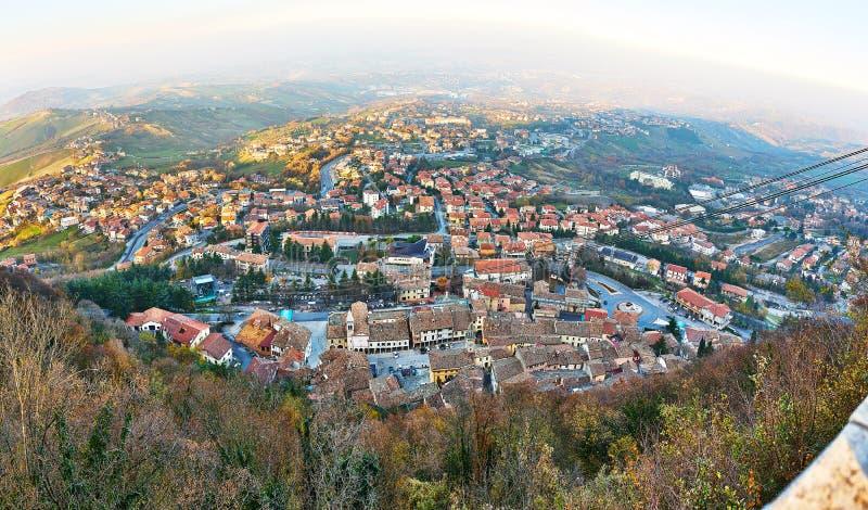 Luchttramspoor van San Marino aan Monte Titano royalty-vrije stock foto