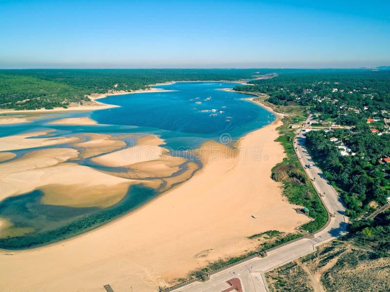 Luchtview Lagoa DE Albufeira stock afbeeldingen