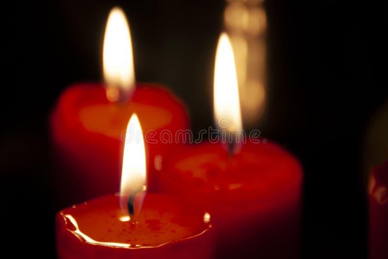 Luci brucianti della candela fotografie stock libere da diritti