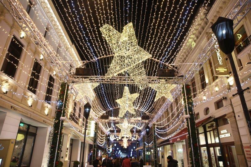 Luci di Natale di Bucarest fotografia stock
